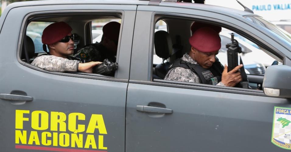 7.fev.2017 - Força Nacional se preparando para sair no patrulhamento pela Grande Vitória