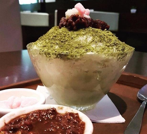 O snow ice-cream (sorvete de neve) foi criado pelo empresário Ronaldo Kim, 27, da sorveteria Snow Fall; na foto, sorvete feito com arroz e feijão