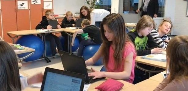 O uso de tecnologia é incentivado nas escolas da Finlândia