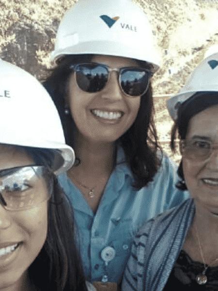 Lecilda de Oliveira com a sobrinha Letícia de Oliveira e a mãe, Custódia Maria de Oliveira, durante visita à barragem que se rompeu no dia 25 - Arquivo Pessoal/ Reprodução - Arquivo Pessoal/ Reprodução