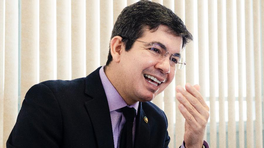 Randolfe Rodrigues deve ser vice-presidente da CPI da Covid - Diego Bresani/UOL