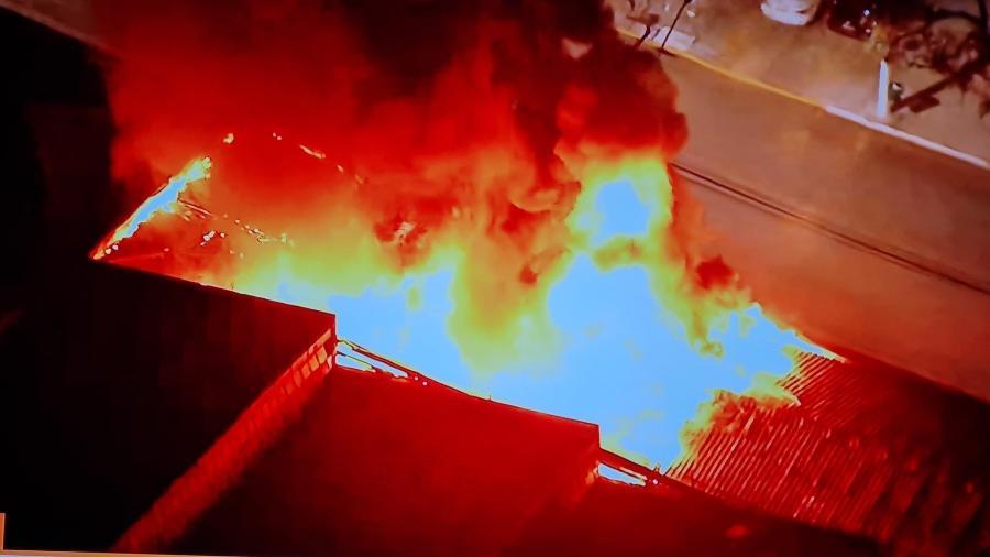 Incêndio atingiu galpão da Cinemateca Brasileira na Zona Oeste de São Paulo - Reprodução/Twitter