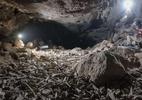 A macabra pilha de ossos, incluindo humanos, descoberta em caverna na Arábia Saudita - ARCHAEOLOGICAL AND ANTHROPOLOGICAL SCIENCES