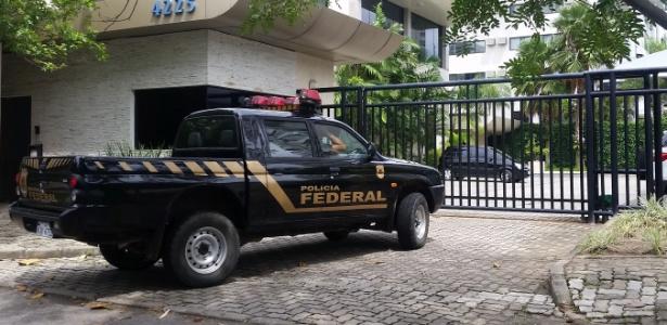 Agentes da Polícia Federal e da Receita Federal fizeram ação de busca e apreensão na casa e nas empresas de Jonas Suassuna