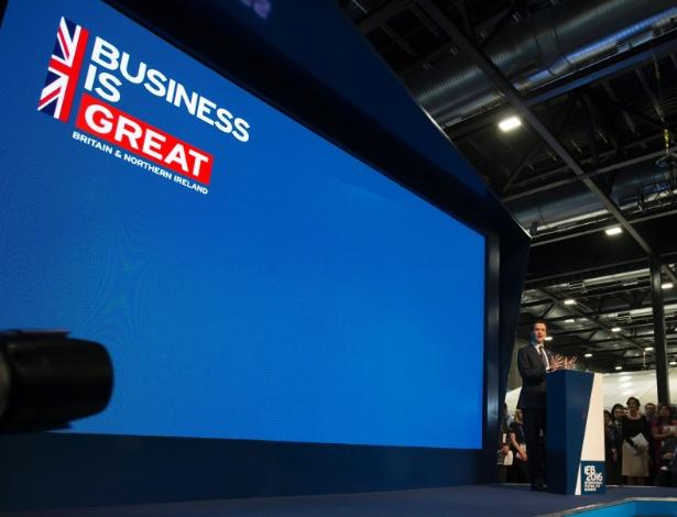 O ministro das Finanças britânico, George Osborne, inaugura o Festival Internacional dos Negócios em Liverpool, na Inglaterra