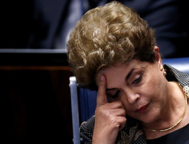 Dilma Rousseff em depoimento no Senado durante o julgamento do seu impeachment
