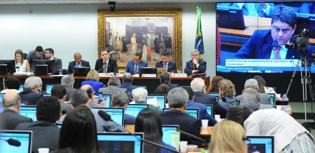 12.jul.2017 - Discussão do parecer do relator da denúncia contra o presidente