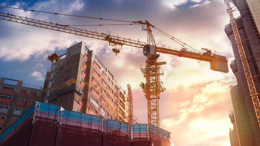 Incorporadoras estão na lista de empresas que farão abertura de capital - Jongho Shin/Getty Images/iStockphoto