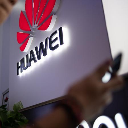 A Huawei é considerada a líder mundial da rede 5G, uma nova geração da tecnologia móvel que deve revolucionar a Internet. A empresa se encontra, porém, na mira do governo do presidente americano, Donald Trump - Fred Dufour/Reuters