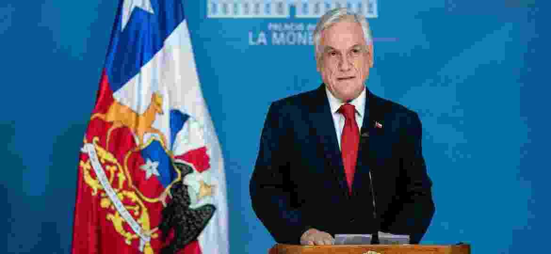 Presidente do Chile, Sebastián Piñera, ao declarar estado de emergência em Santiago - Divulgação/Presidência do Chile via AFP
