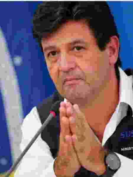 Luiz Henrique Mandetta na coletiva em que disse que fica no Ministério da Saúde - Foto: Adriano Machado/Reuters