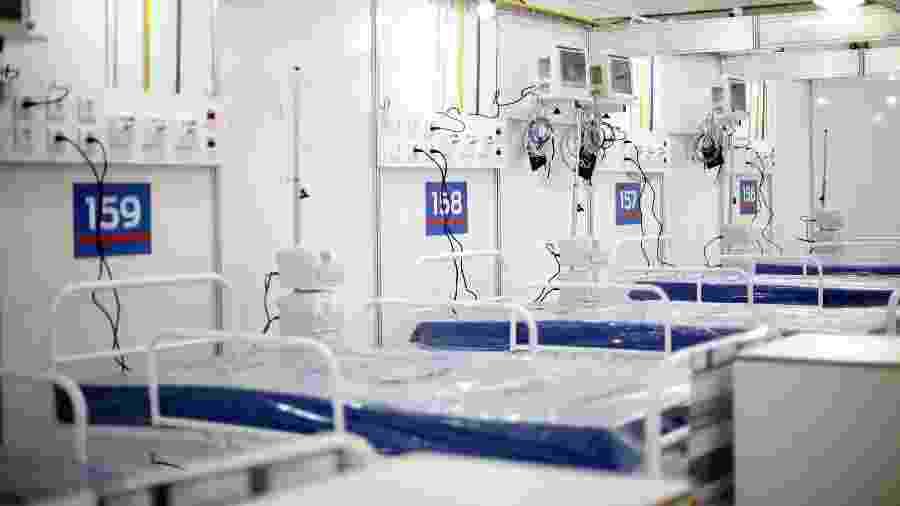 26.mai.2020 - Finalização de obras no Hospital de Campanha em São Gonçalo, administrado pelo IABAS (Instituto de Atenção Básica e Avançada à Saúde), no Rio de Janeiro - LUCAS TAVARES/ZIMEL PRESS/ESTADÃO CONTEÚDO