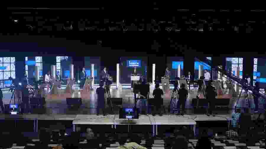 Vista geral dos bastidores do último debate entre os candidatos à Prefeitura de São Paulo - ALEX SILVA/ESTADÃO CONTEÚDO