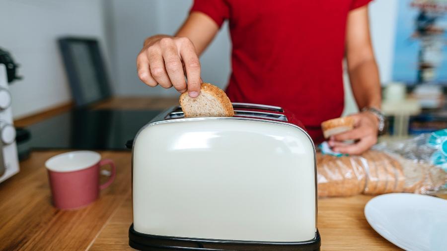 A torradeira elétrica é item indispensável para quem ama um pãozinho bem tostado - Getty Images