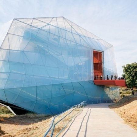 O auditório de Plasencia, na Espanha, é feito de um material leve e inovador - IWAN BAAN