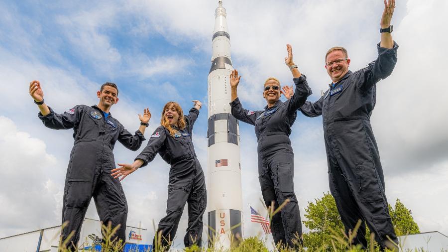 Inspiration4 da SpaceX: membros da missão Jared Isaacman, Hayley Arceneaux. Sian Proctor e Chris Sembroski (da esq. para dir.) - Inspiration4/John Kraus
