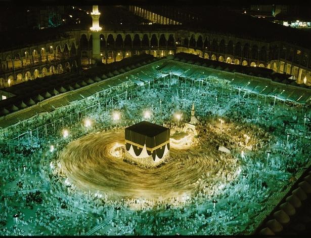Milhares de peregrinos participam do Hajj na mesquita de Masjid al-Haram, em Meca, na Arábia Saudita - Thomas J.Abercrombie/National Geographic Creative