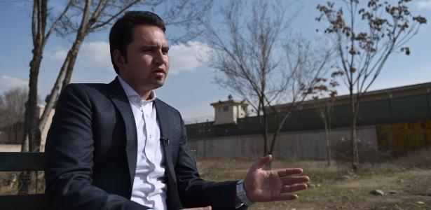 Abdul Ghafur Aryan, 24, voltou a Cabul após viver em um centro de refugiados em Fulda, a nordeste de Frankfurt, depois de uma viagem pela qual pagou US$ 7.500