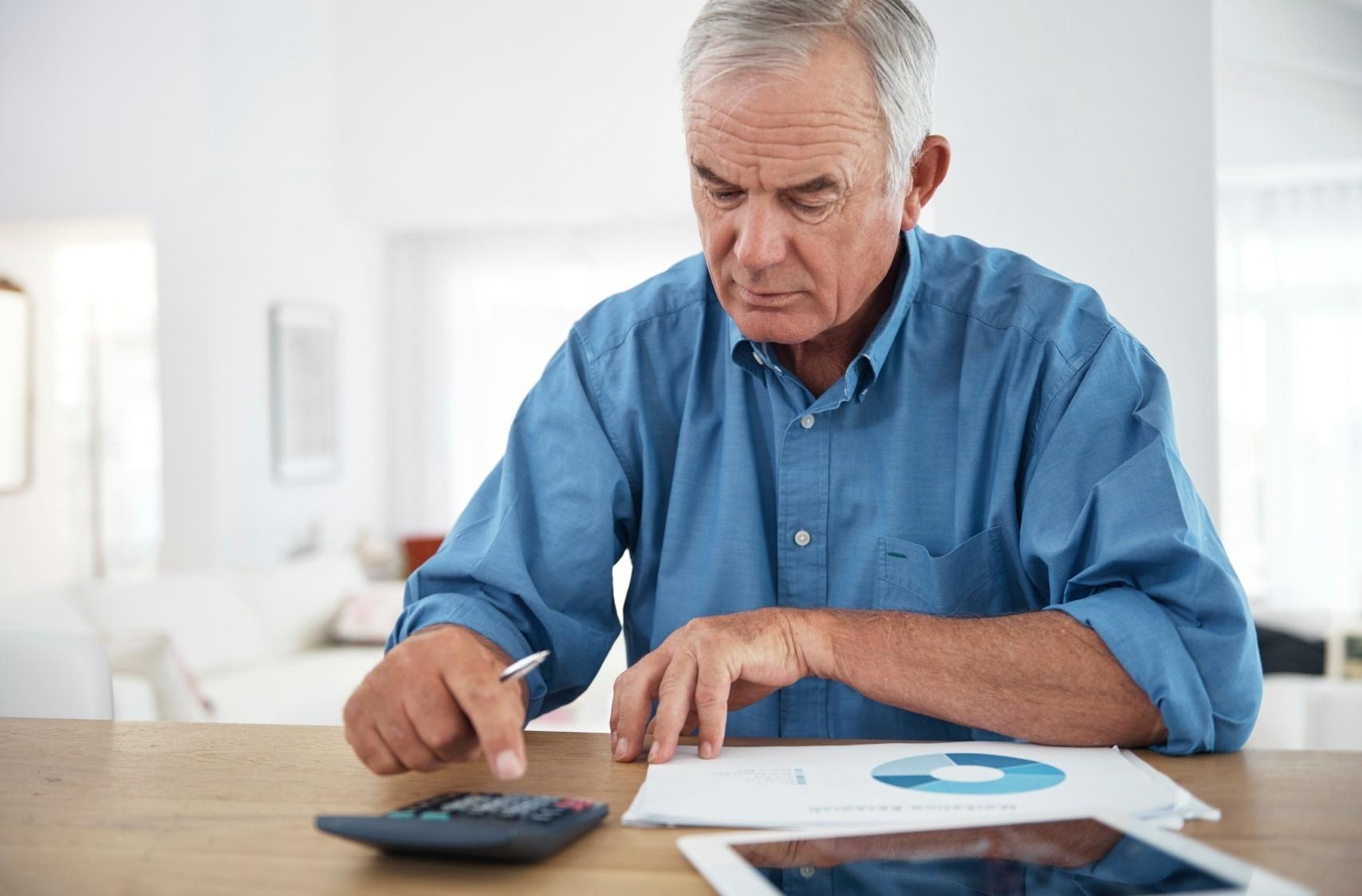 Resultado de imagem para Posso antecipar minha aposentadoria e fugir da Reforma da Previdência?