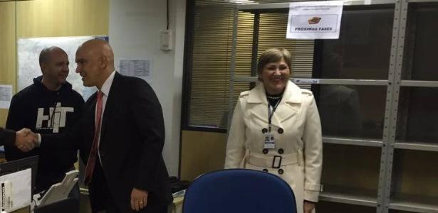 O ministro da Justiça, Alexandre de Moraes, visita a força-tarefa da operação Lava Jato em Curitiba. Na foto, é possível ver uma estante destinada às próximas fases da operação
