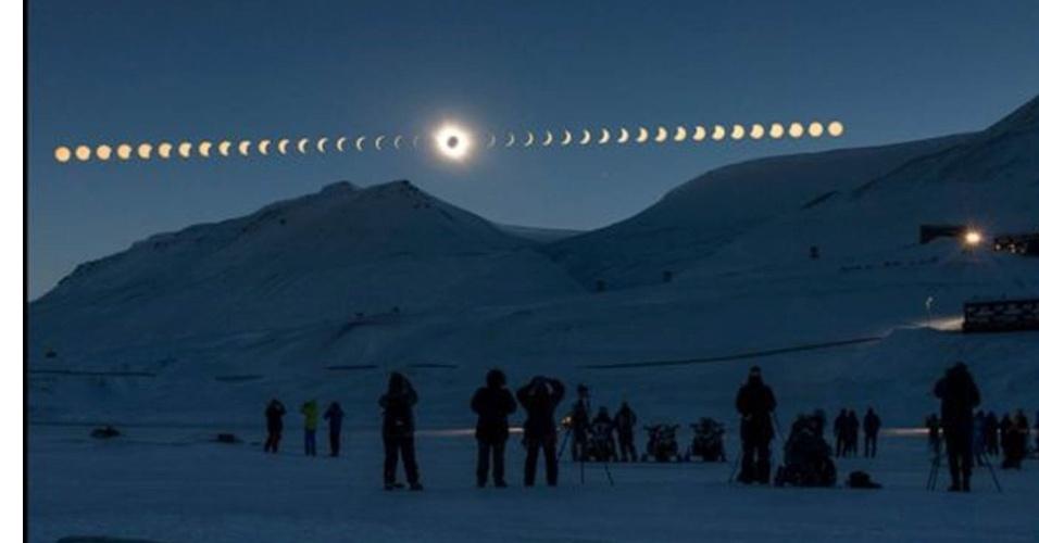 28.jun.2016 - Thanakrit Santikunaporn, da Tailândia, foi finalista do prêmio com essa sequência das fases de um eclipse solar, visto de Svalbard, na Noruega