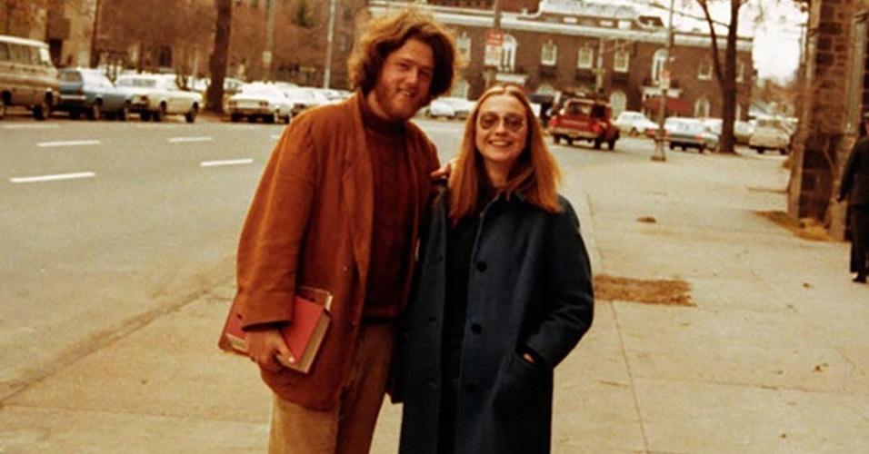 Hillary e Bill se encontraram pela primeira vez quando os dois ingressaram na Universidade de Direito de Yale (EUA), em 1969. Eles foram colegas de turma