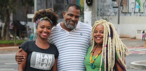 A funcionária pública Laudicéia Santos, o pastor Marco Davi e a empreendedora Evelyn Daisy, de grupo de estudos sobre raça