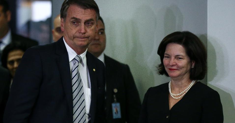20.nov.2018 - O presidente eleito, Jair Bolsonaro, deixa o gabinete da PGR, onde foi recebido pela procuradora-geral da República, Raquel Dodge