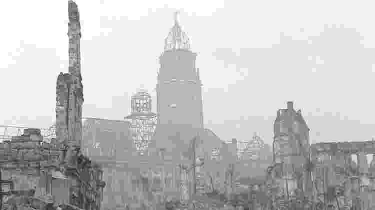 Importantes prédios da cidade foram destruídos - Getty Images