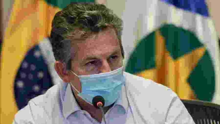 O governador de Mato Grosso, Mauro Mendes, usa máscara durante coletiva de imprensa - Mayke Toscano/Secom-MT