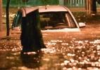 Forte chuva provoca mortes, alagamentos e quedas de árvores no Rio - Celso Pupo/Fotoarena/Estadão Conteúdo