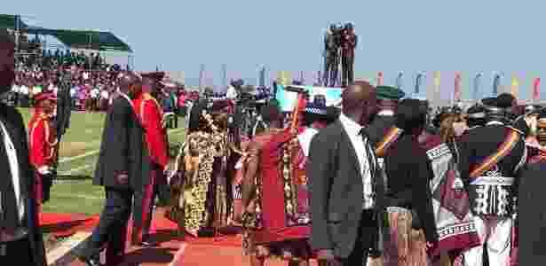 O nome foi anunciado durante as comemorações dos 50 anos de independência do país - BBC