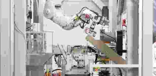 Daisy - robô da Apple que desmonta iPhone - Divulgação - Divulgação