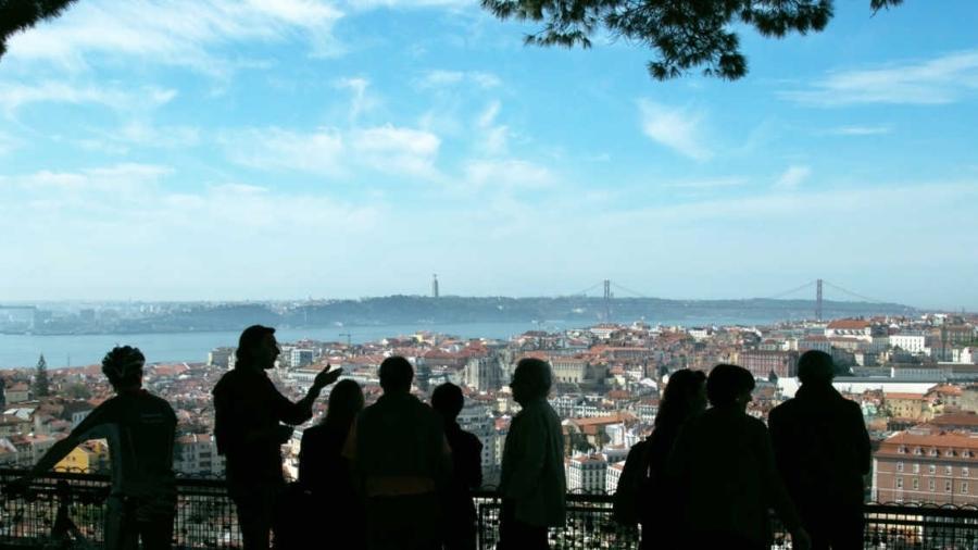 Vista da cidade de Lisboa, do miradouro da Senhora do Monte - Fernando Donasci/Folhapress