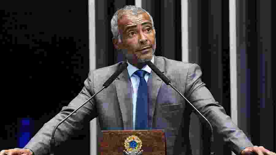 Romário durante discurso à bancada no Senado Federal - Roque de Sá/Agência Senado