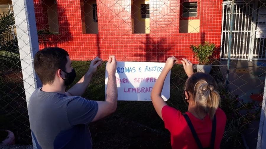 Fachada da creche do ataque em Saudades (SC) recebe homenagem às vítimas - Hygino Vasconcellos/Colaboração para o UOL