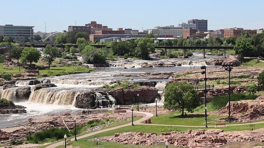 Imagem ilustrativa do rio Big Sioux, na Dakota do Sul - Wikimedia Commons