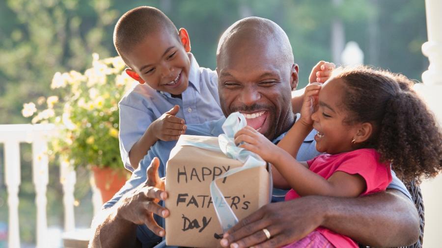 Ainda não comprou presente para o Dia dos Pais? Veja uma lista de sugestões de eletrônicos - Getty Images