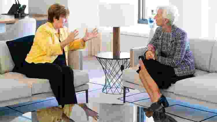 Kristalina Georgieva (esq.) substituiu Christine Lagarde (dir.), a primeira mulher a ser diretora-geral do FMI - AFP - AFP