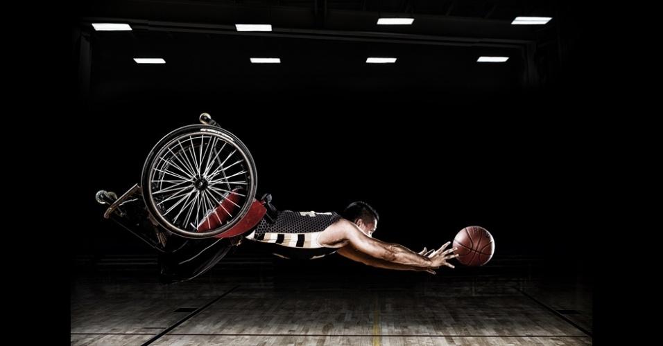 23.fev.2016 - As fotos de Rob Gregory foram feitas no Instituto de Reabilitação de Chicago, nos EUA, mostrando o programa de esportes adaptados e o time de basquete de cadeira de rodas RIC Hornets
