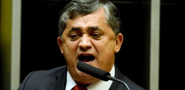 José Guimarães (PT-CE) foi líder do governo Dilma na Câmara dos Deputados