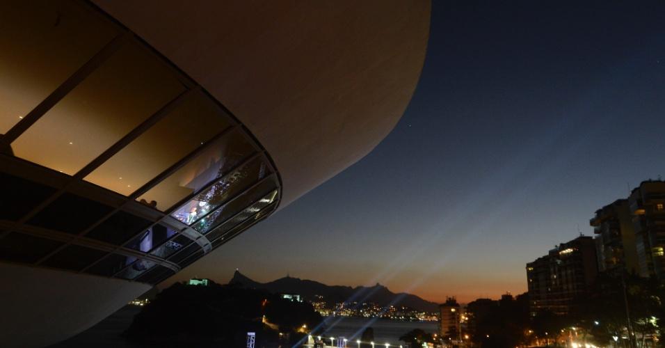 17.jun.2016 - O MAC (Museu de Arte Contemporânea) de Niterói, no Rio de Janeiro, reabre após mais de um ano de reformas no prédio projetado por Oscar Niemeyer