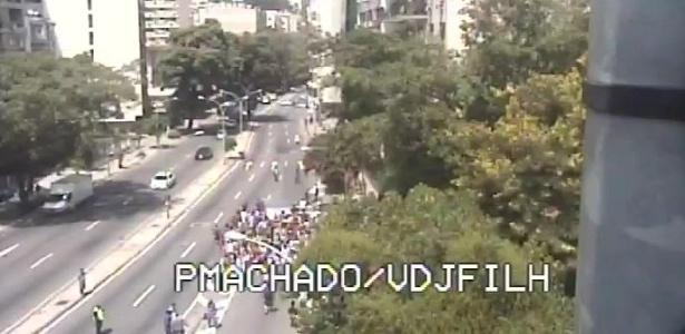 Protestos interrompem o trânsito em vários pontos do Rio de Janeiro - Reprodução/Centro de Operações