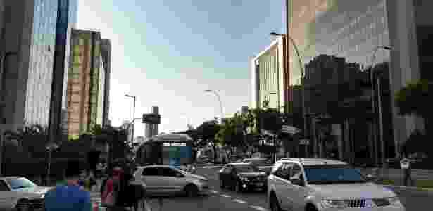 Foto tirada com câmera traseira do Moto Z2 Play no modo automático - luz OK, mas tom de verde escuro demais - Márcio Padrão/UOL - Márcio Padrão/UOL