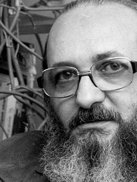 O educador Paulo Freire, referência na pedagogia mundial - Reprodução