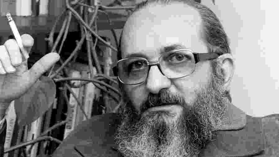 Patrono da educação, Paulo Freire foi homenageado pela escola de samba Águia de Ouro, campeã do Carnaval de SP - Reprodução