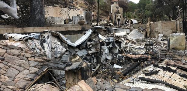 Incêndio destrói casa da brasileira Luiza Black, na Califórnia - Fernanda Ezabella/UOL