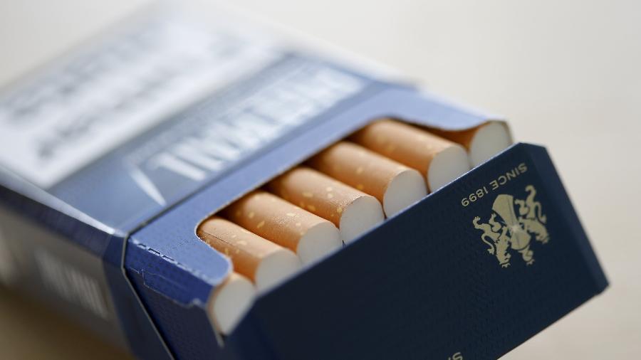 30.abr. 2014 - Cigarros após o processo de fabricação na British American Tobacco Cigarette Factory (BEAT) em Bayreuth, sul da Alemanha - Michaela Rehle/Reuters