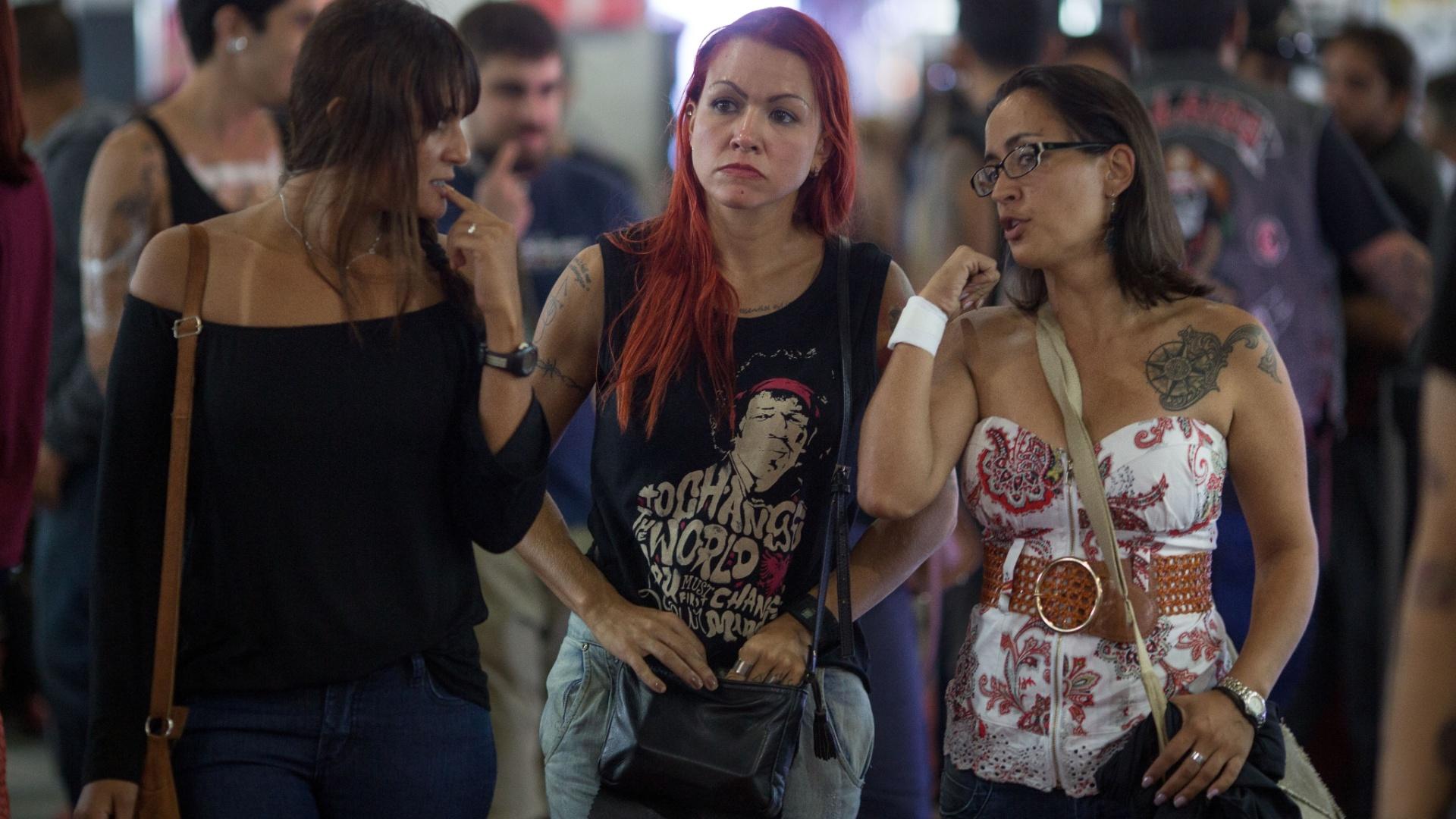 Cantor Todo Tatuado Brasileiro tatuagens das gatas do brasileiro - fotos - uol esporte