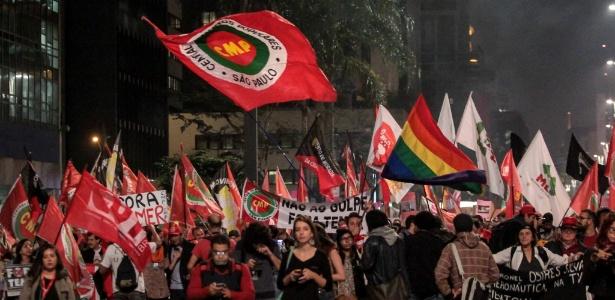 Protesto contra Temer fecha a avenida Paulista - Marcio Ribeiro/Brazil Photo Press/Estadão Conteúdo